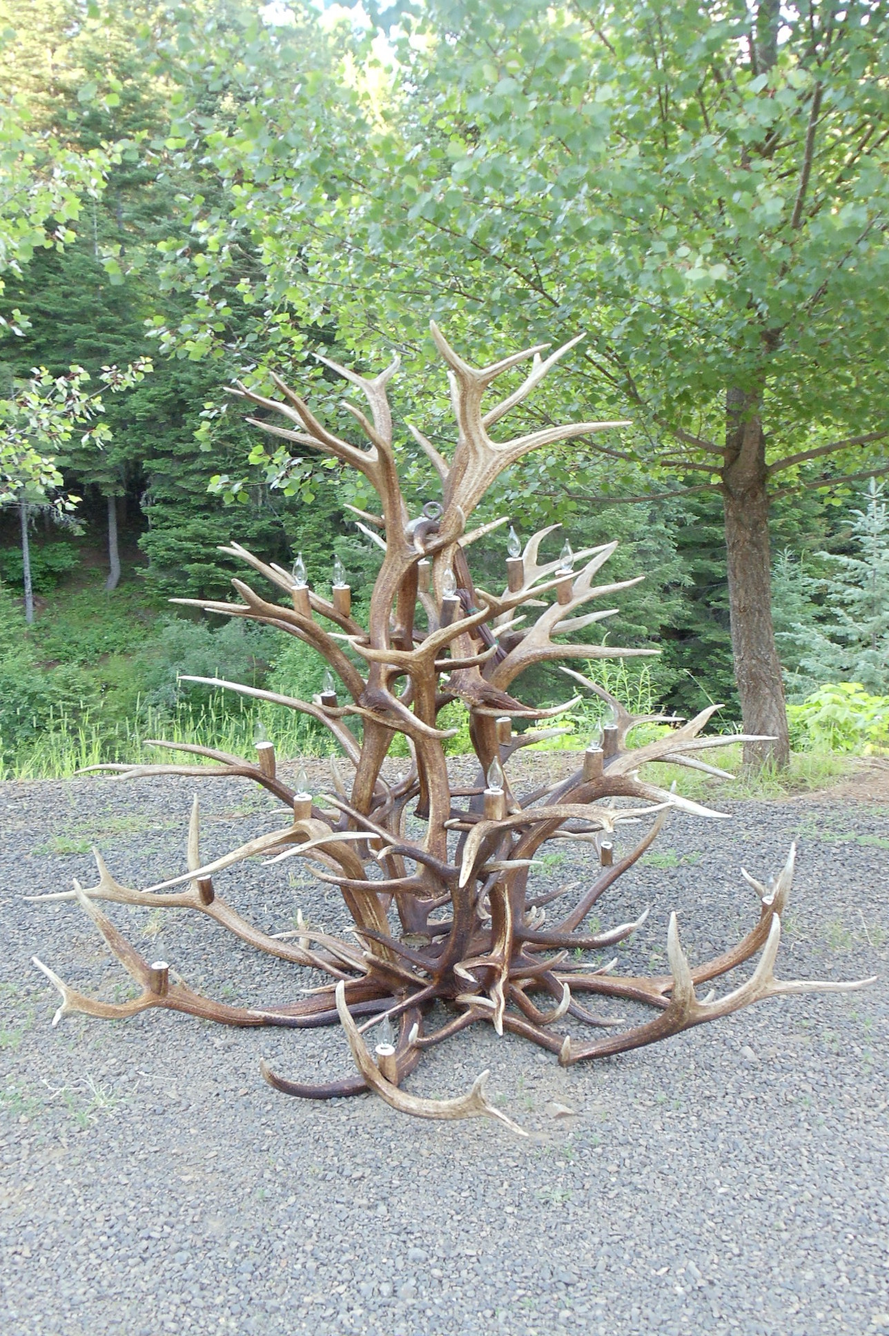 Large Spoke Elk Chandelier